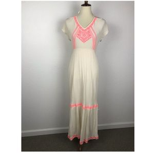 Flying Tomato Embroidered Maxi Dress D423